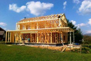 skeletne hiše so trend, ki se počasi, a vztrajno vrača