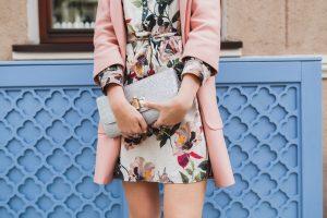 Ženska obleka za svečane priložnosti